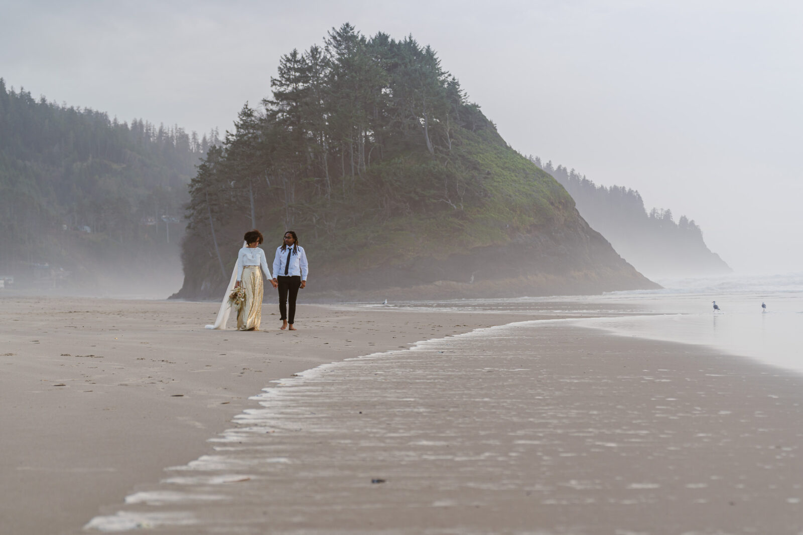 Neskowin Beach is one of the best places to elope in Oregon